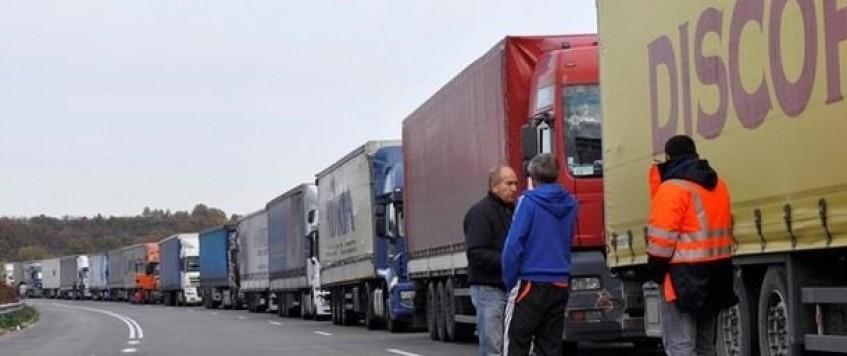 Украина упростит возврат застрявших в РФ фур